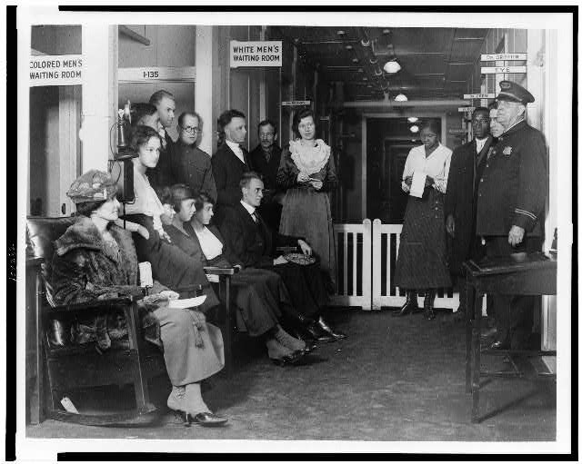 [Group of federal employees waiting for treatment at the Public Health Service Dispensary #32, which has recently been opened for the exclusive benefit of government workers]