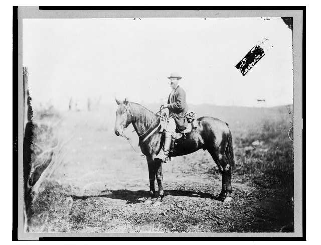 [William Wilson, scout, headquarters, Army of the Potomac, seated on horse, full-length portrait, facing left, Culpeper, Va.]