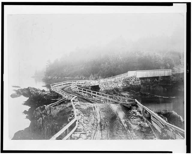 [Orrs Island bridge, Maine, with fog rising]