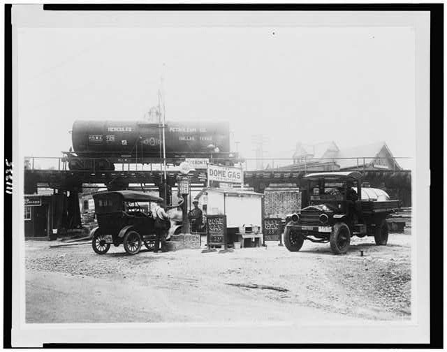 [Dome gas service station, Takoma Park, Md.]