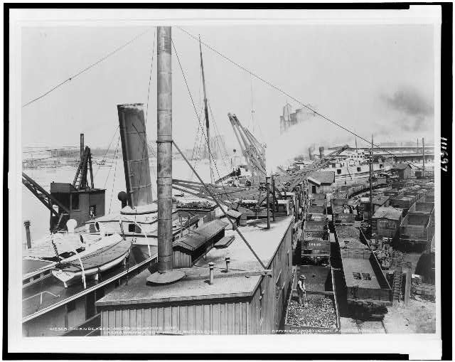 Thornberger hoists unloading ore, Lackawanna ore docks, Buffalo, N.Y.
