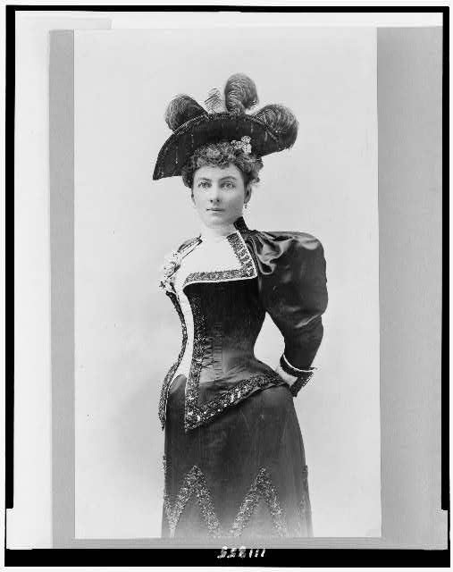 [Laura Jean Libbey, three-quarter length portrait, standing, facing slightly left]