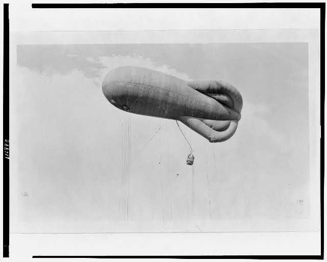 [Observation kite balloon in air with basket (gondola) suspended below, U.S. Naval Training Station, Hampton Roads, Virginia]