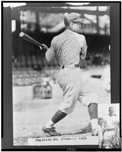 [Bucky Harris, Washington Nationals baseball player, full-length portrait, swinging baseball bat]