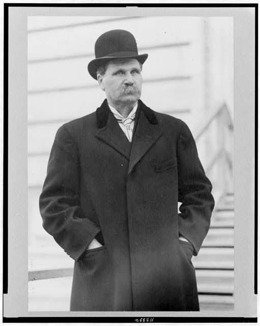 [Sen. Asle J. Gronna, half-length portrait, standing, facing right]