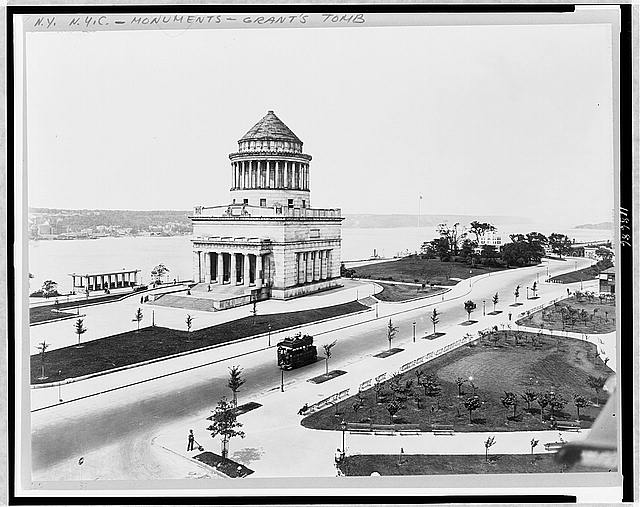 [Bird's-eye view of Grant's Tomb, New York]