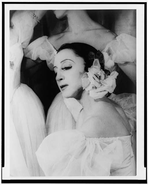 [Portrait of Alexandra Danilova, as Fanny Cerrito in Pas de Quatre]