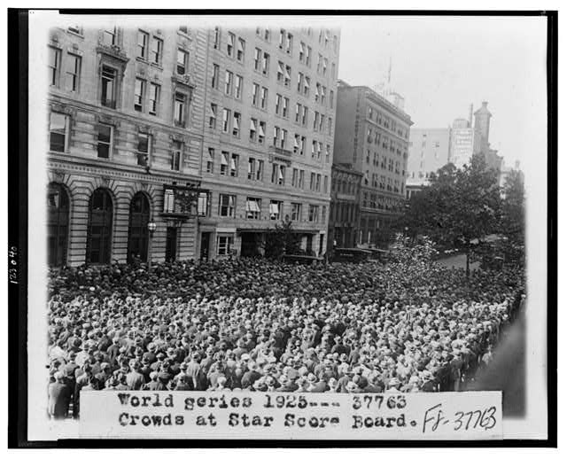 World Series 1925--Crowds at Star Score Board