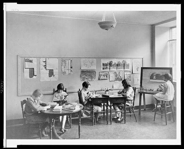 Schools. Spence School, 22 E. 91st St., Miss Sondergaard's group