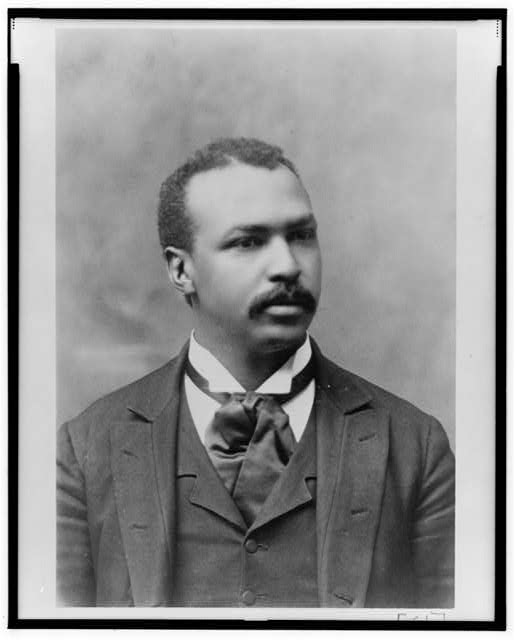 [Reverend Henry Hugh Proctor, pastor of the First Congregational Church, Atlanta, Georgia; head-and-shoulders portrait, facing right]