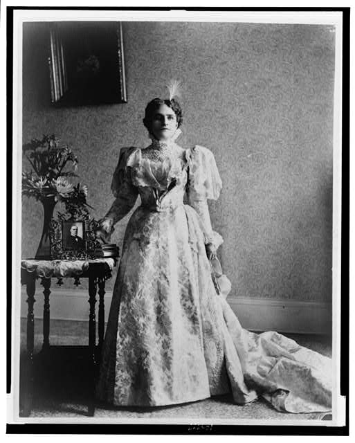 [Ida S. McKinley, full-length portrait, standing, facing front]