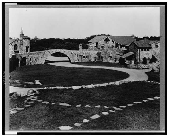 "[""Surprise Valley Farm,"" Arthur Curtiss James property, Beacon Hill Road, Newport, Rhode Island. Courtyard]"