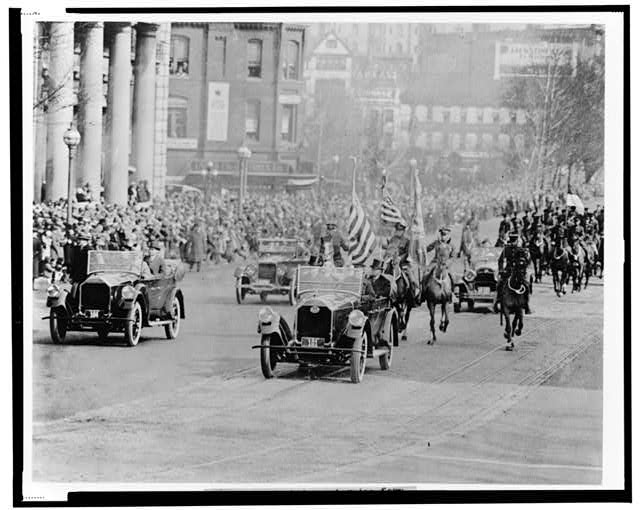 President Coolidge returning form [sic] the Capitol