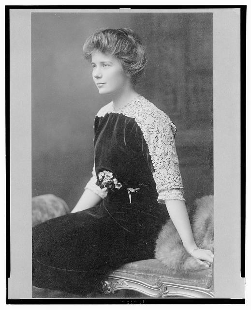 [Ethel Roosevelt, three-quarter length studio portrait, seated, facing left]