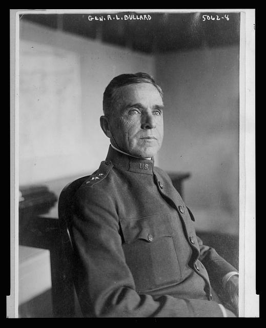 [General Robert Lee Bullard, half-length portrait, seated, facing right]