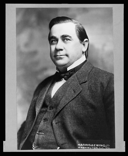 [D.G. Garrett, M.C., half-length portrait, facing left]