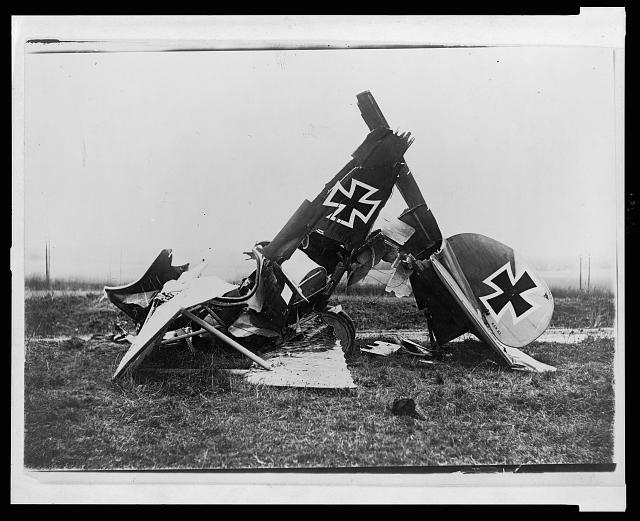 [Wreckage of a German Albatross D. III fighter biplane]
