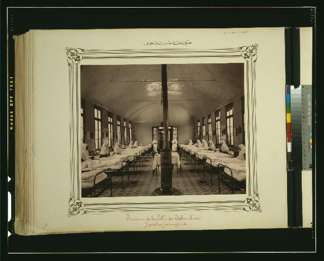 [Tuberculosis ward of the Hasky Hospital for Women]
