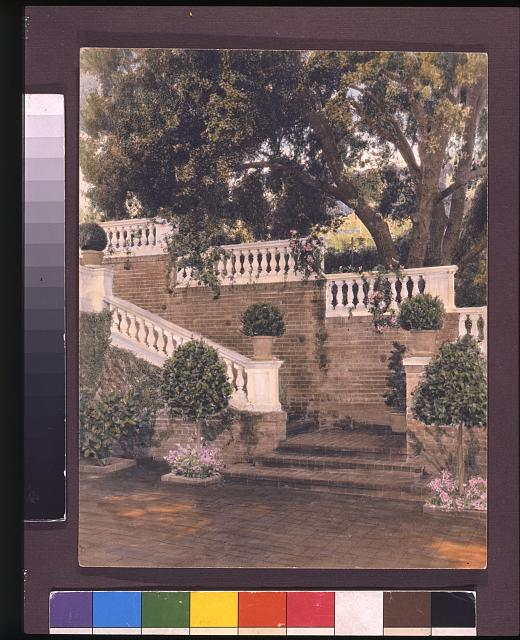 [Mrs. Francis Lemoine Loring house, 700 South San Rafael Avenue, San Rafael Heights, Pasadena, California. View to staircase]
