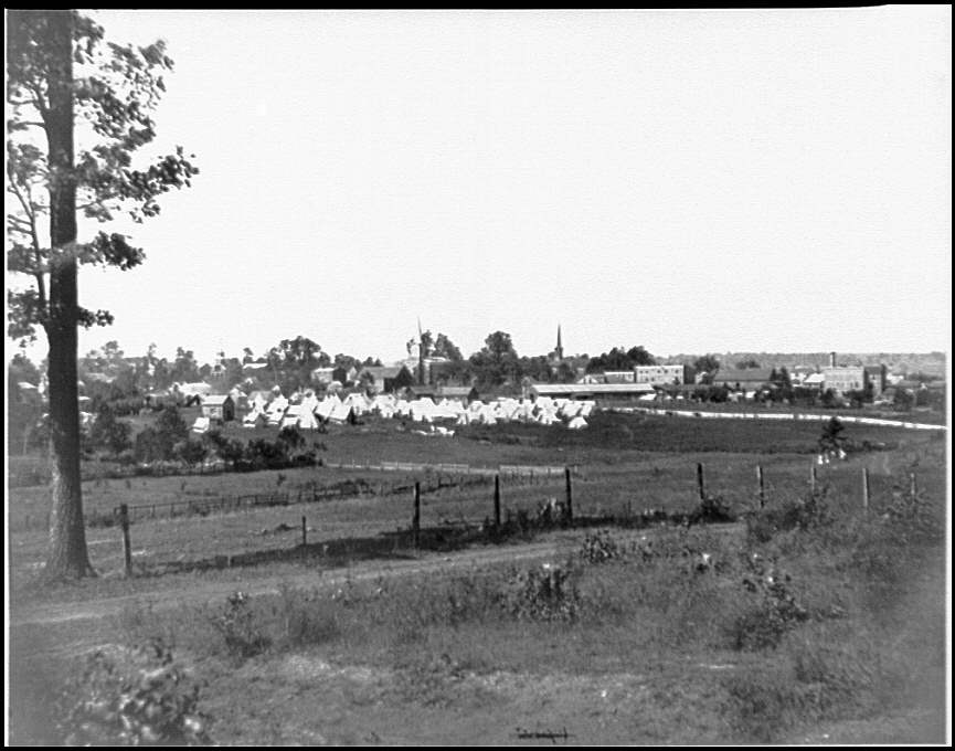 [Culpeper, Va. Encampment on the edge of town]