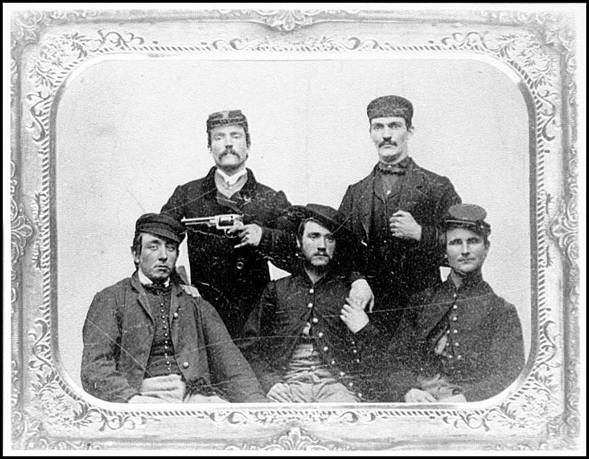 [Portrait of a soldier group]