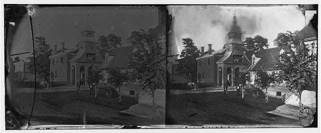 [Culpeper Court House, Va.  Court house, with a group of Confederates captured at Cedar Mountain on balcony]