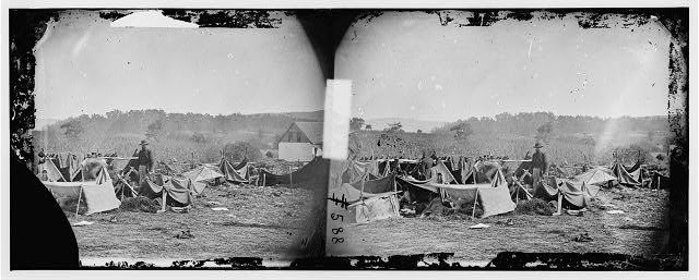[Keedysville, Md., vicinity. Confederate wounded at Smith's Barn, with Dr. Anson Hurd, 14th Indiana Volunteers, in attendance]