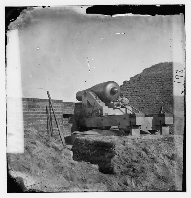 "[Fort Pulaski, Ga. The ""Beauregard"" gun]"