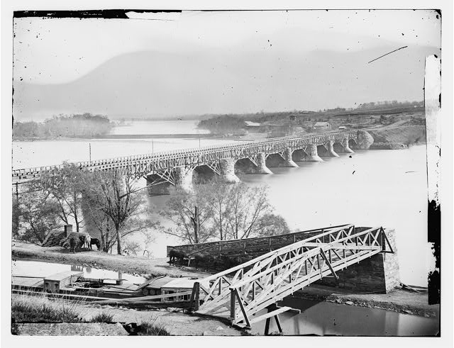 [Washington, D.C. Closer view of Aqueduct Bridge, with Chesapeake and Ohio Canal in foreground]