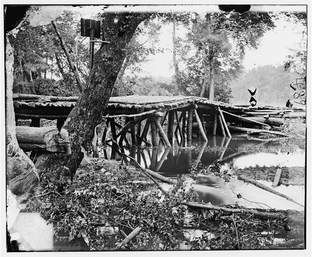 Chickahominy River, Virginia. Military bridge across the Chickahominy, built by the 15th New York Volunteers under Col. John McL.  Murphy