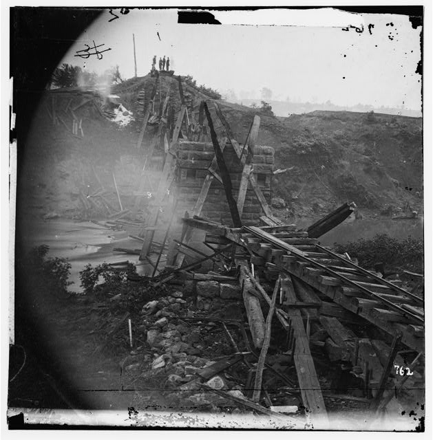 [North Anna River, Va. Destroyed bridge of the Richmond and Fredericksburg Railroad]