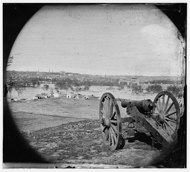 [Richmond, Va. View of city from Belle Isle; gun in foreground]