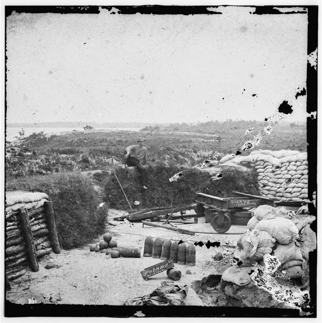 Yorktown, Virginia (vicinity). Confederate fortifications. (This rampart was occupied by General D. H. Hill)