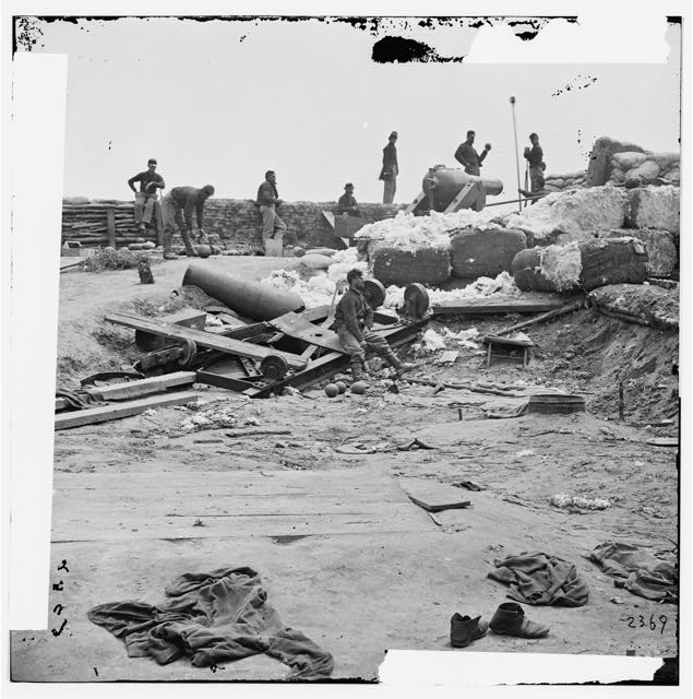 [Yorktown, Va. Confederate fortifications reinforced with bales of cotton]