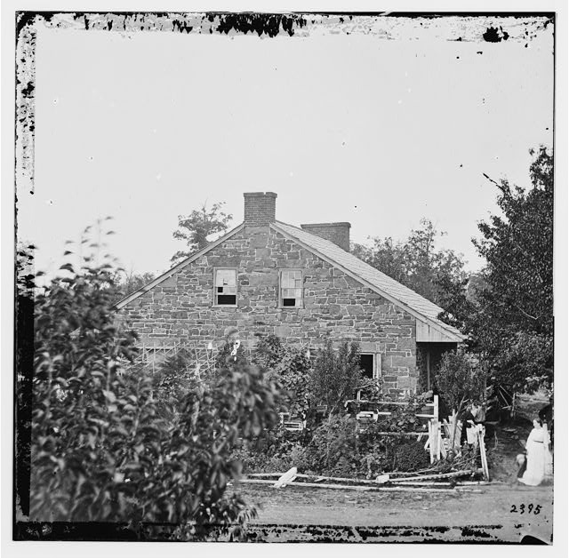 [Gettysburg, Pa. Headquarters of Gen. Robert E. Lee on the Chambersburg Pike]