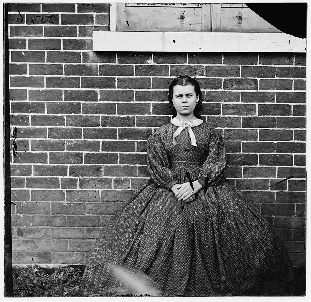 Aiken's Landing, Virginia (vicinity). Young girl at Aiken house