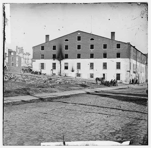 [Richmond, Va. Side and rear view of Libby Prison]