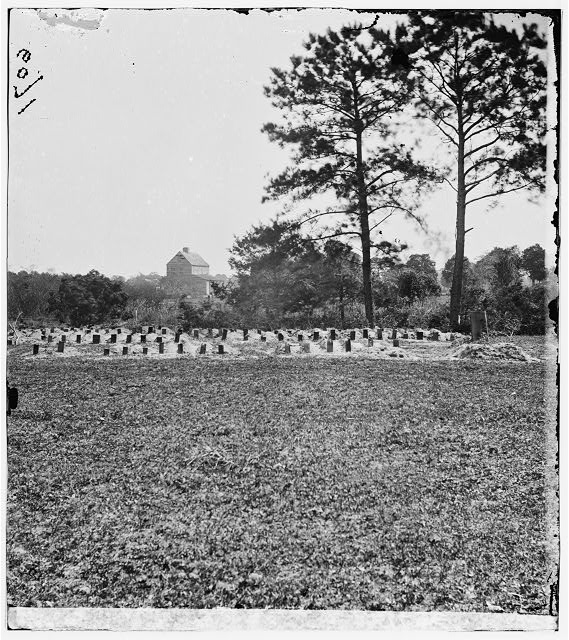 Charleston, South Carolina (vicinity). Graves of Federal soldiers