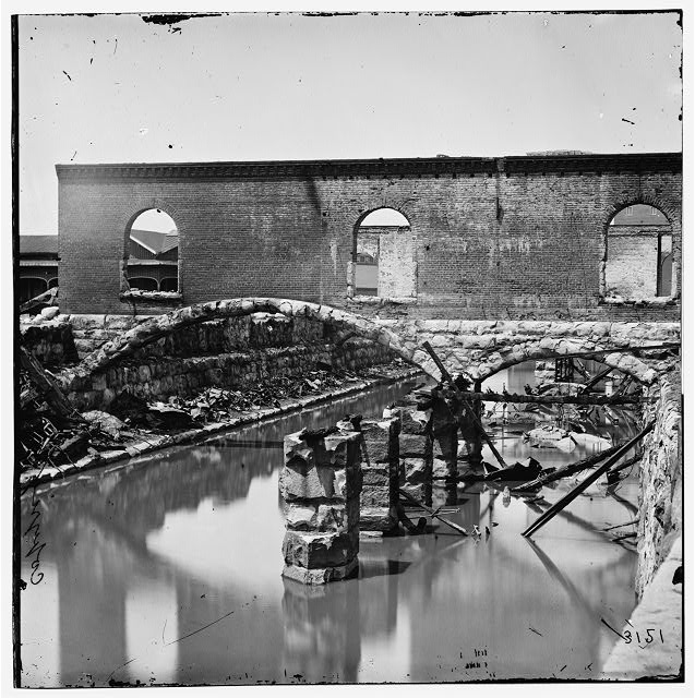 Richmond, Virginia. Ruins along the canal