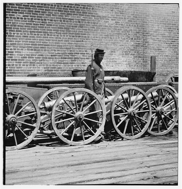 [Rocketts, Richmond, VA. Confederate brass mountain howitzers]