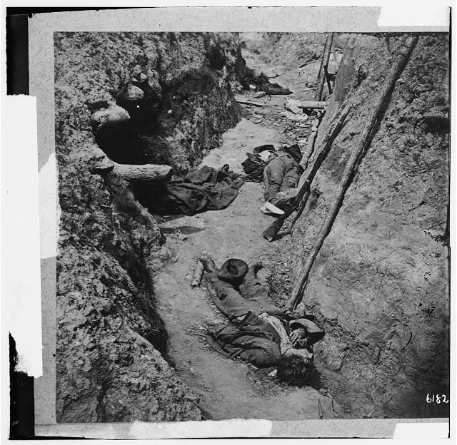 Petersburg, Virginia. Dead Confederate soldiers in trenches of Fort Mahone