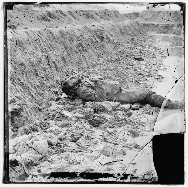 Petersburg, Virginia. Dead Confederate soldier in trenches of Fort Mahone