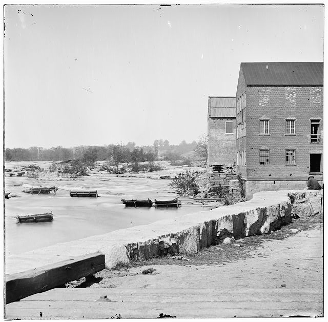 Richmond, Virginia. View on James River at Haxall's flour mills
