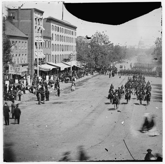 [Washington, D.C. Artillery unit passing on Pennsylvania Avenue near the Treasury]