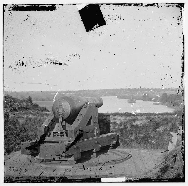 Drewry's Bluff, Virginia. Columbiad gun in Fort Darling on James
