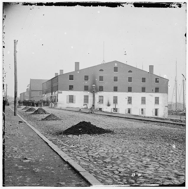[Richmond, Va. Side view of Libby Prison]