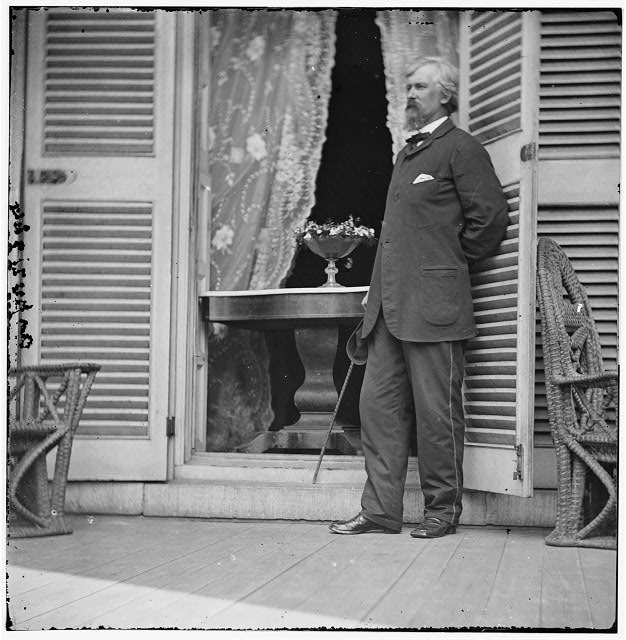 Richmond, Virginia. Col. Plauder? Ord at the residence of Jefferson Davis. In the doorway is the table on which the surrender of Gen. Robert E. Lee was signed