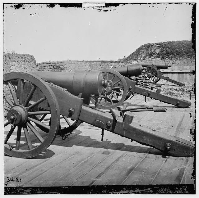 [Morris Island, S.C. Battery of 100-pdr. Parrott guns inside Fort Putnam]