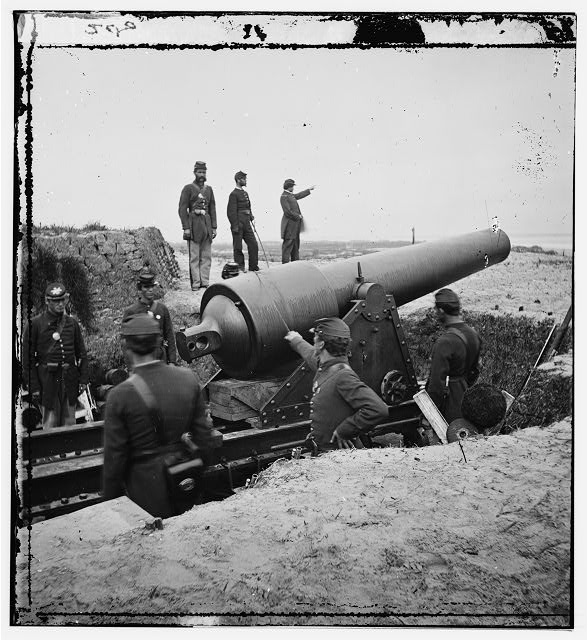 [Charleston, South Carolina (vicinity). View of Battery Chatfield Morris Island with gun pointed at Fort Sumter (Fort Putnam and Battery Dahlgren in the distant background]