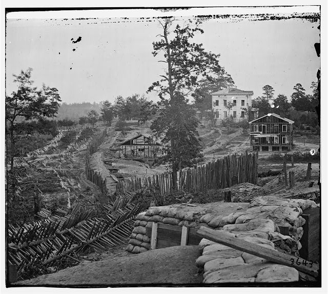 [Atlanta, Ga. Confederate palisades and chevaux-de-frise near Potter house]